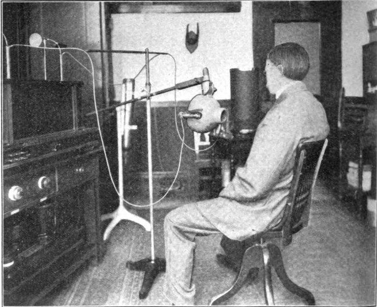 X-ray_treatment_of_tuberculosis_1910.jpg
