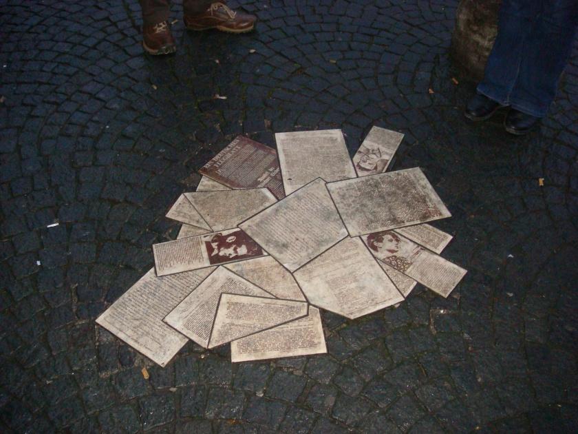 Newspaper Memorial