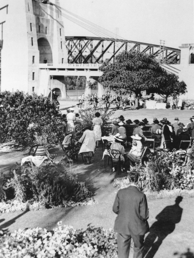 Official Opening of the Indooroopilly Toll Bridge, Brisbane, 1936. (2003), State Library of Queesland